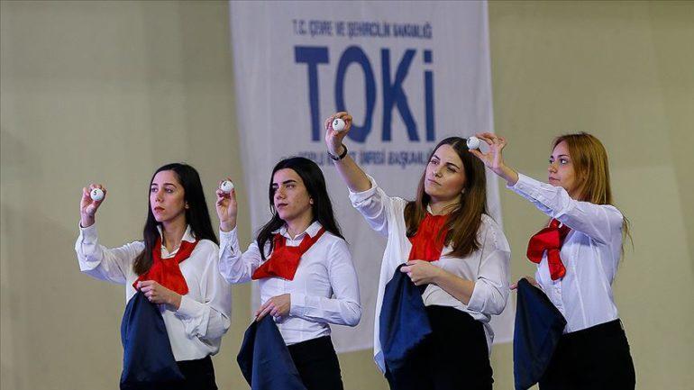 'Her yıl 100 Bin Yeni Sosyal Konut Projesi'nde ilk kura İzmir'de çekildi